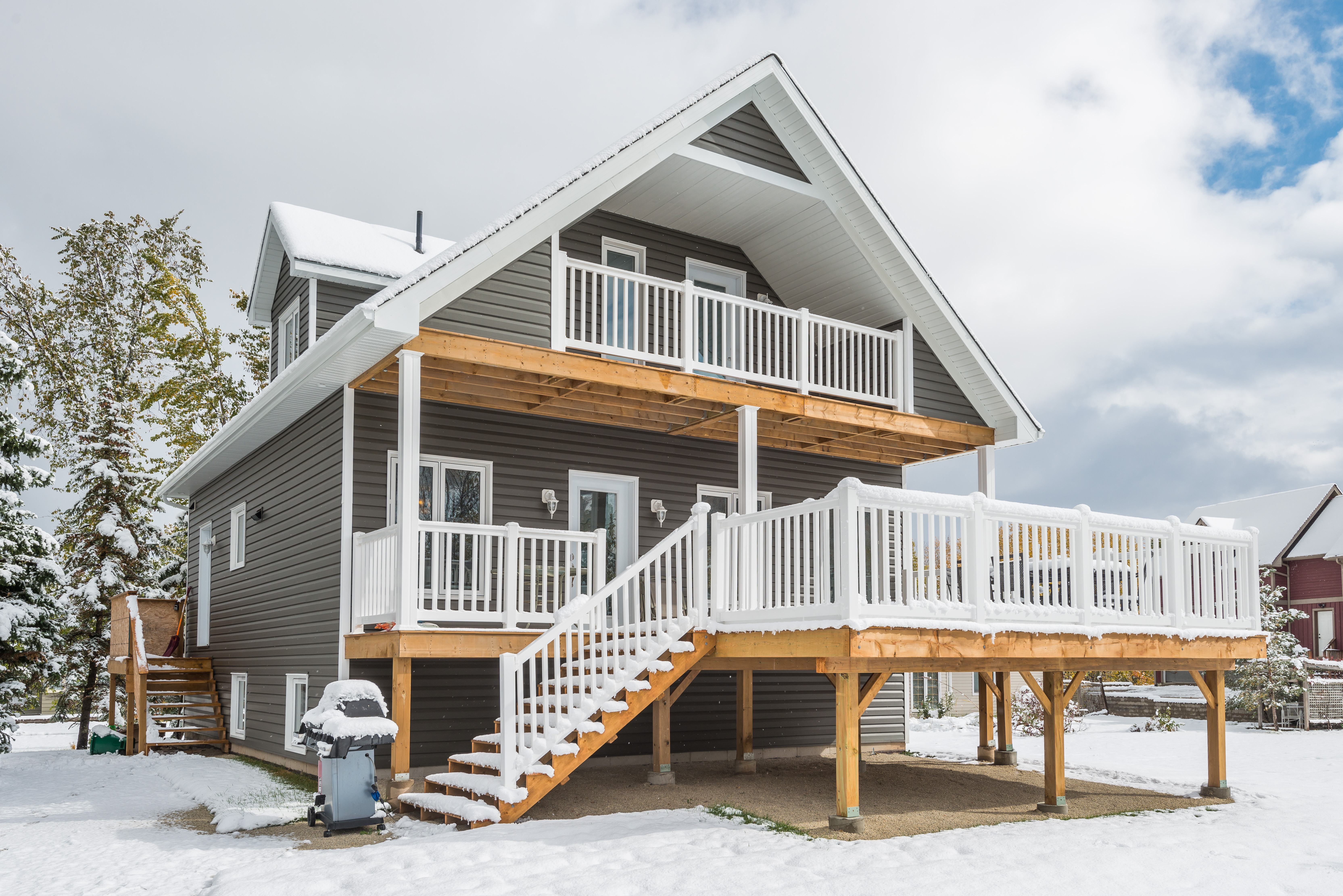 The Big Benefits of Factory-Built Homes in Ontario's Winter